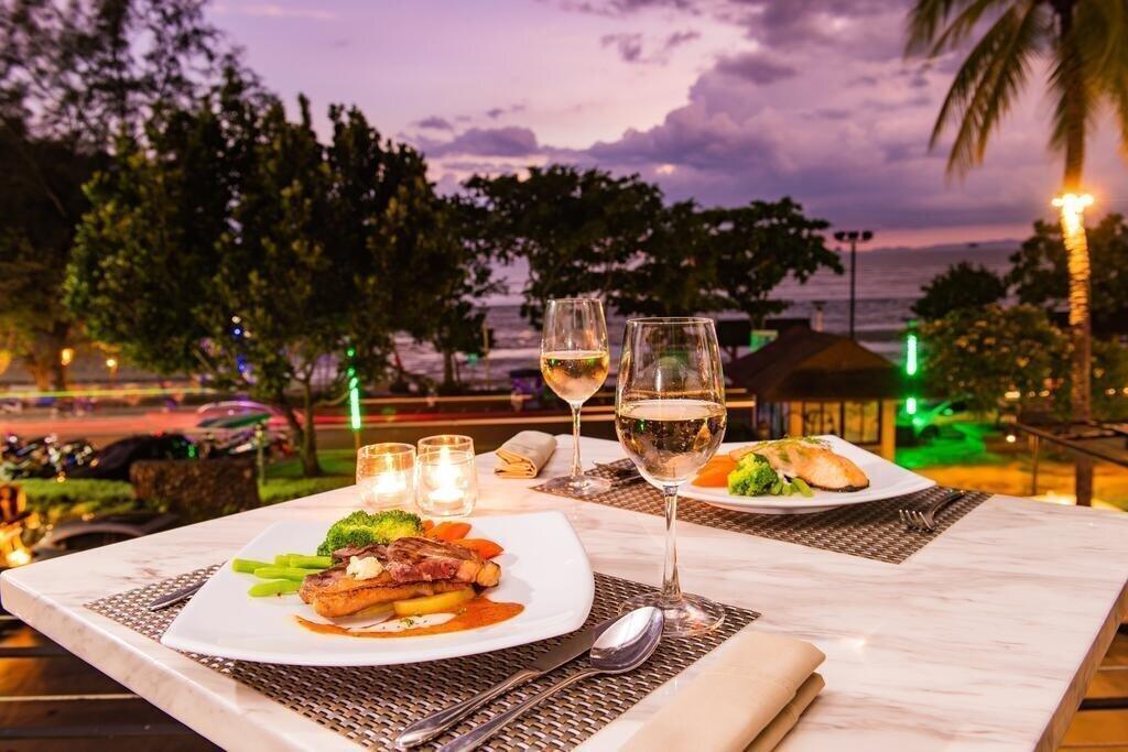 Фото Holiday Inn Resort Krabi Ao Nang Beach 4*