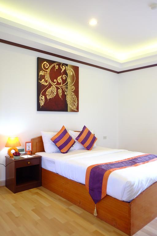 Фото Studio Khon Kaen Таиланд (Тайланд)