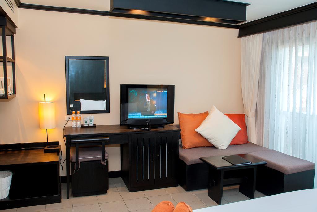 Фото Rattana Beach Hotel Таиланд (Тайланд) о. Пхукет