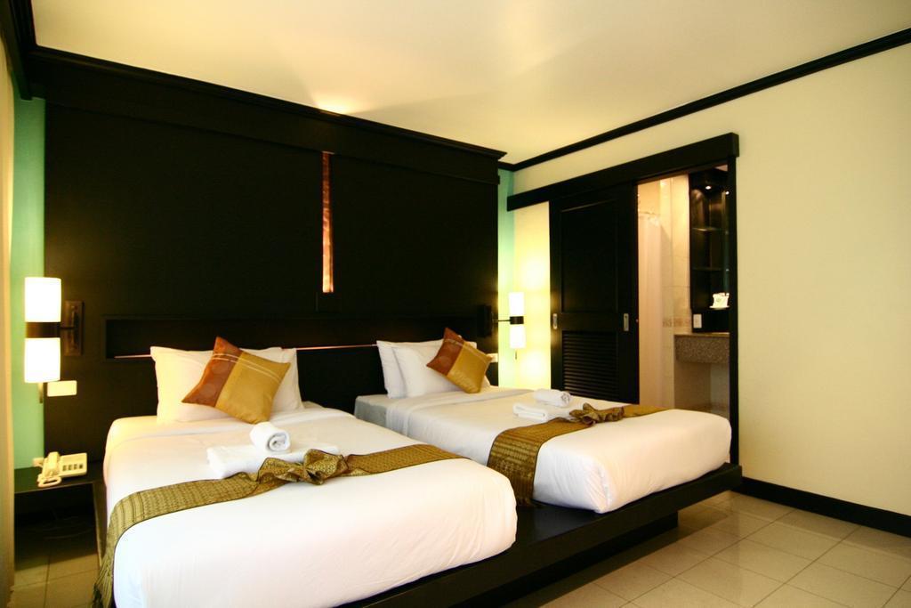 Отель Rattana Beach Hotel о. Пхукет