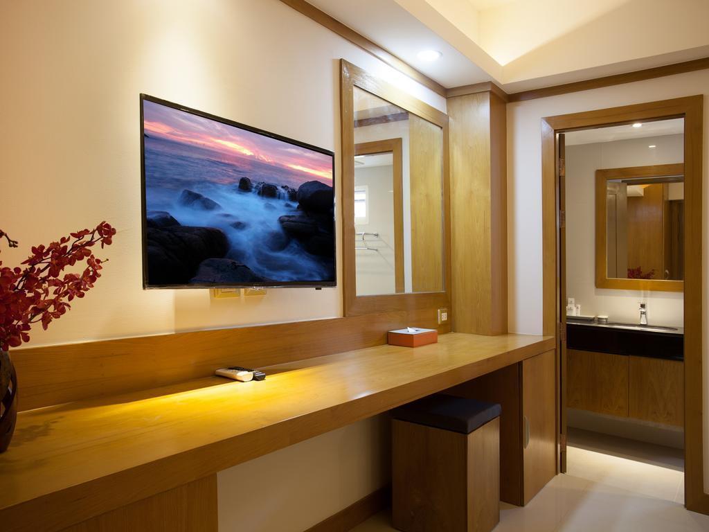 Фото Chabana Kamala Hotel 4*