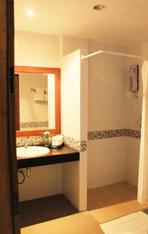 Отель S.B. Living Place Hotel о. Пхукет