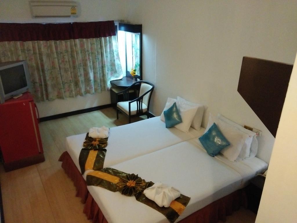 Отель Baan Karon View Resort о. Пхукет