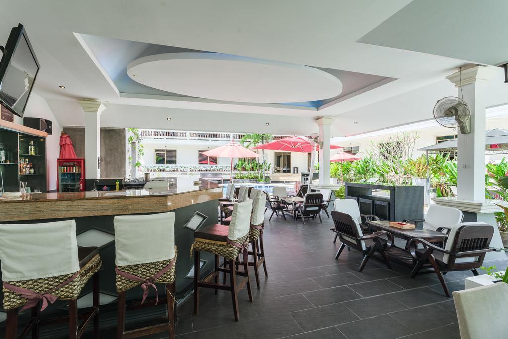 Фото Tropical Palm Resort And Spa 3*