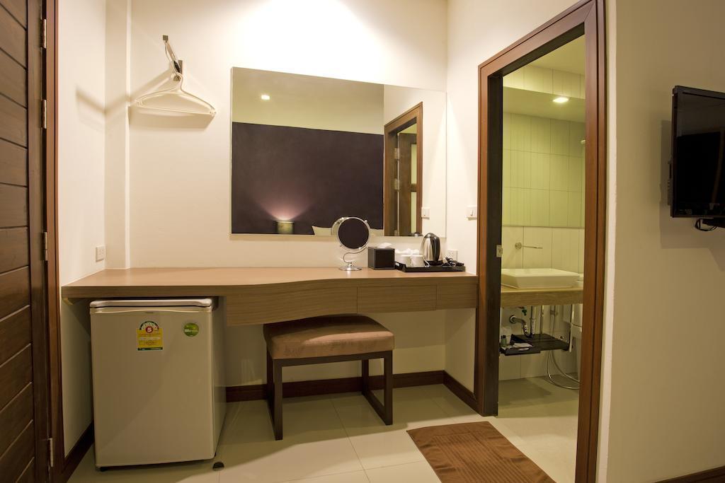 Фото Wiz Hotel 3*