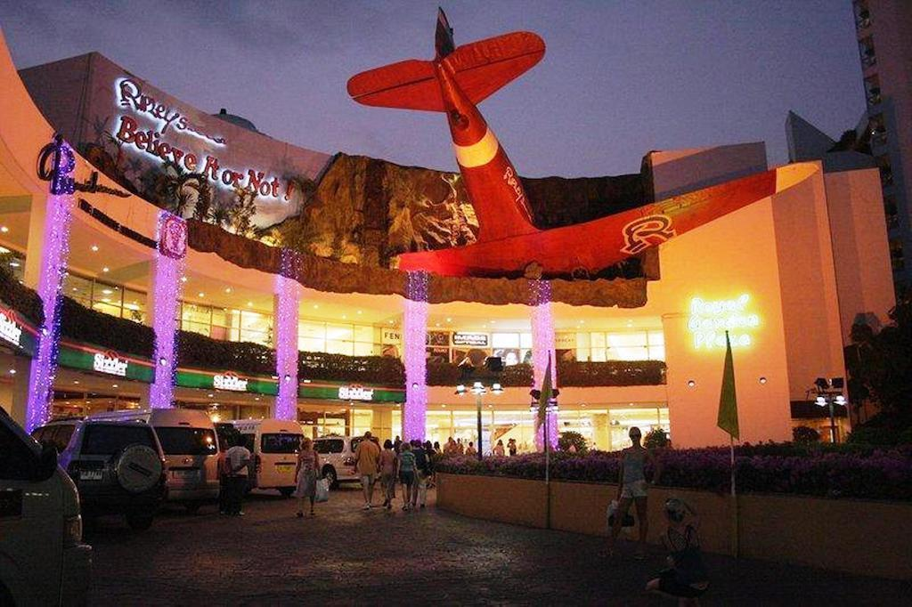 Отель Red Planet Pattaya Паттайя