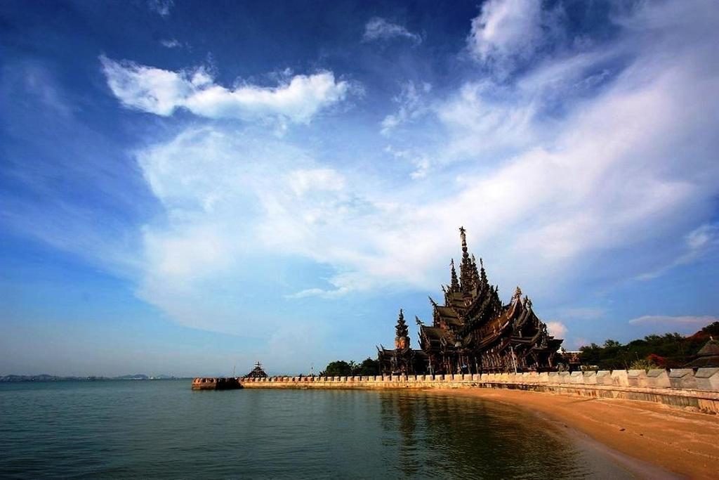 Фото Red Planet Pattaya 3*