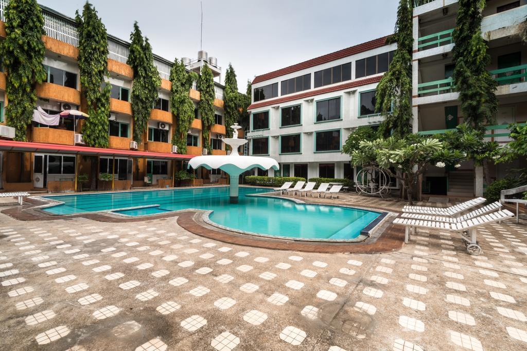 Фото Seashore Pattaya Resort