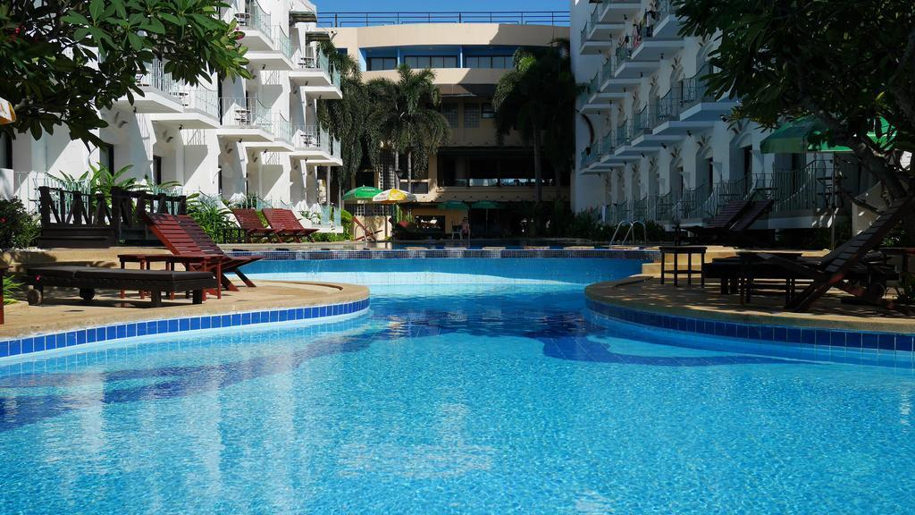 Фото Naklua Beach Resort 3*