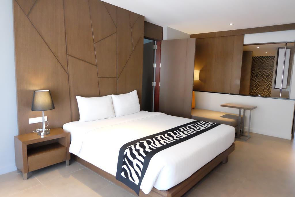 Фото Season Five Hotel Паттайя