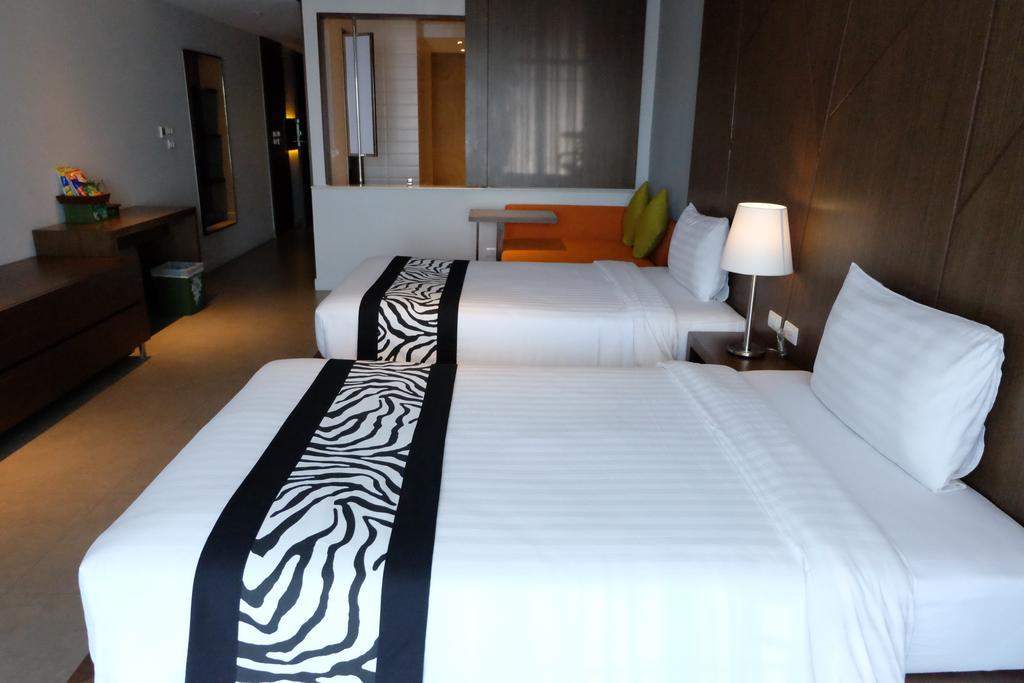 Фото Season Five Hotel Таиланд (Тайланд) Паттайя