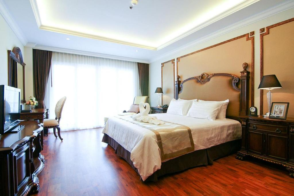 Фото Miracle Suite 4*