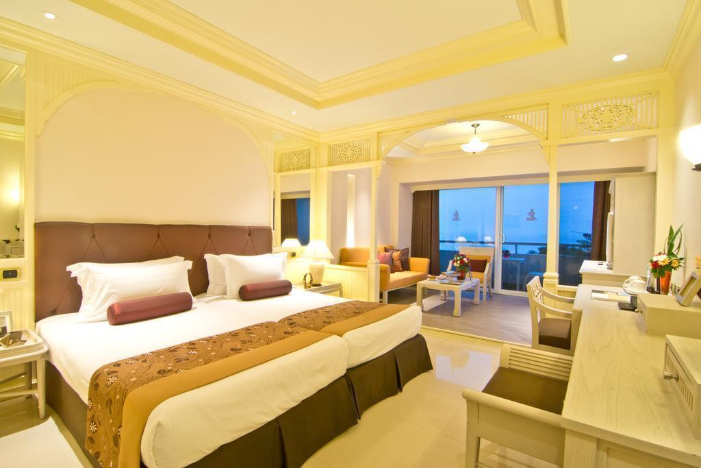 Royal Cliff Beach Resort Паттайя
