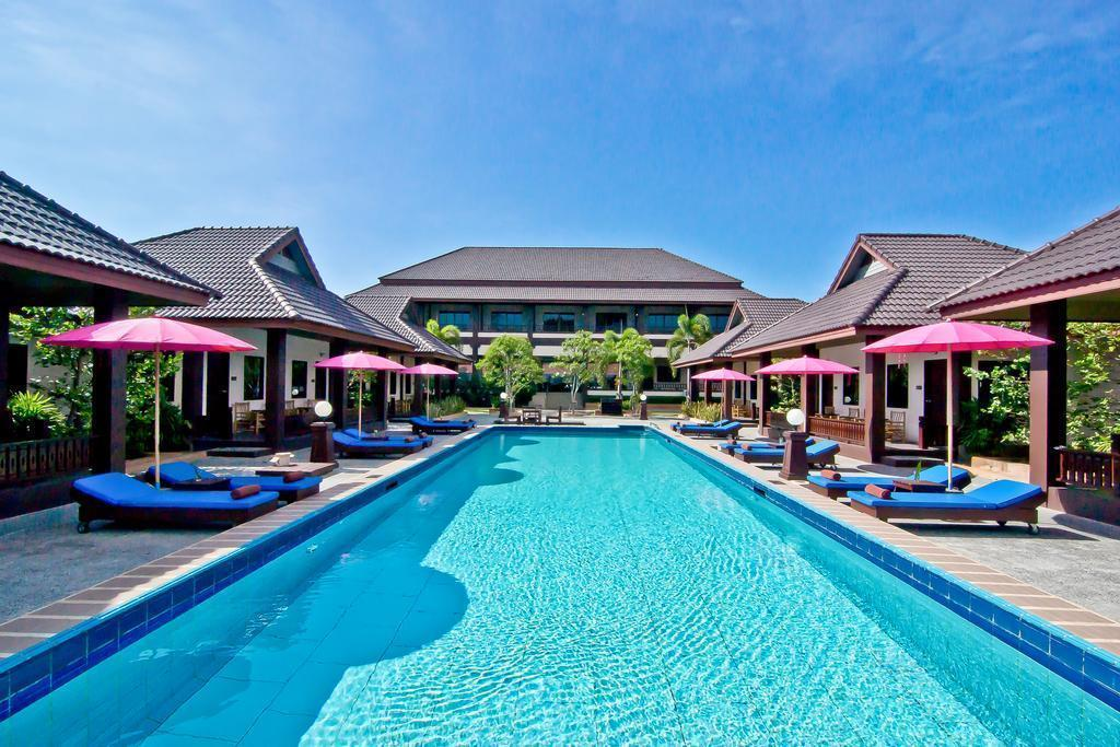 Фото Rose Bay Resort 3*