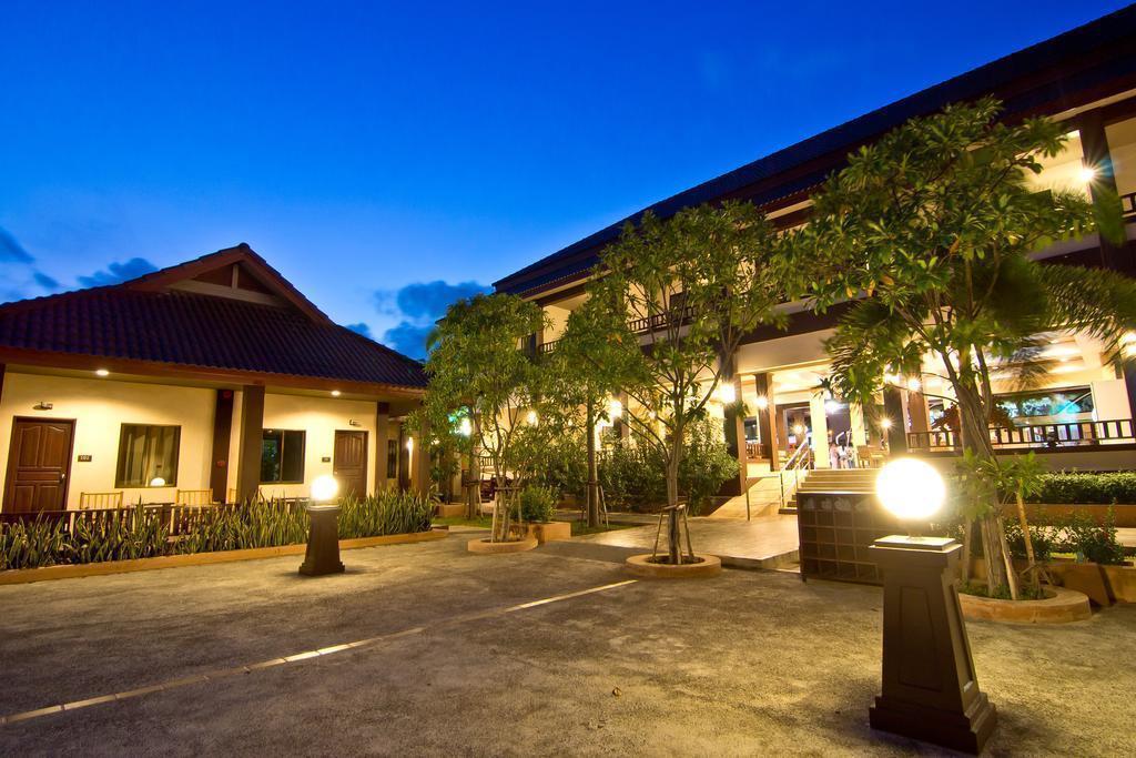 Фото Rose Bay Resort
