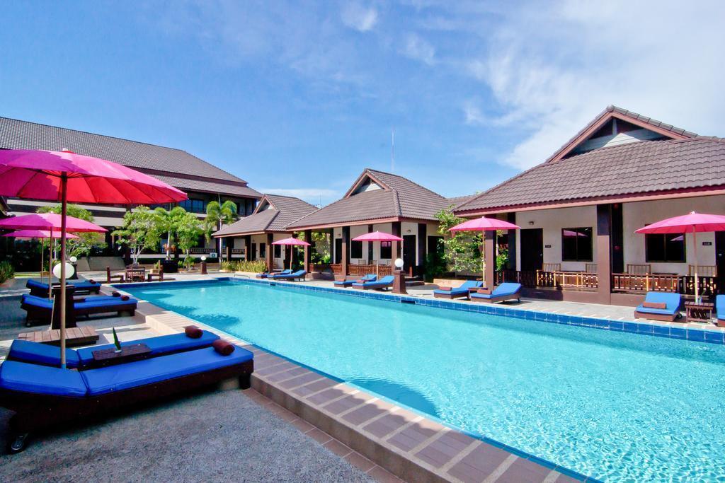 Rose Bay Resort