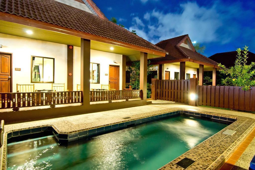 Отель Rose Bay Resort Паттайя
