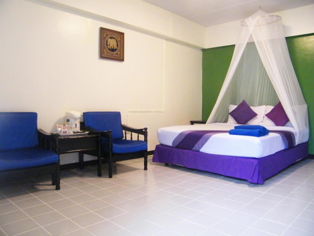 Отель Sawasdee Sunshine Паттайя