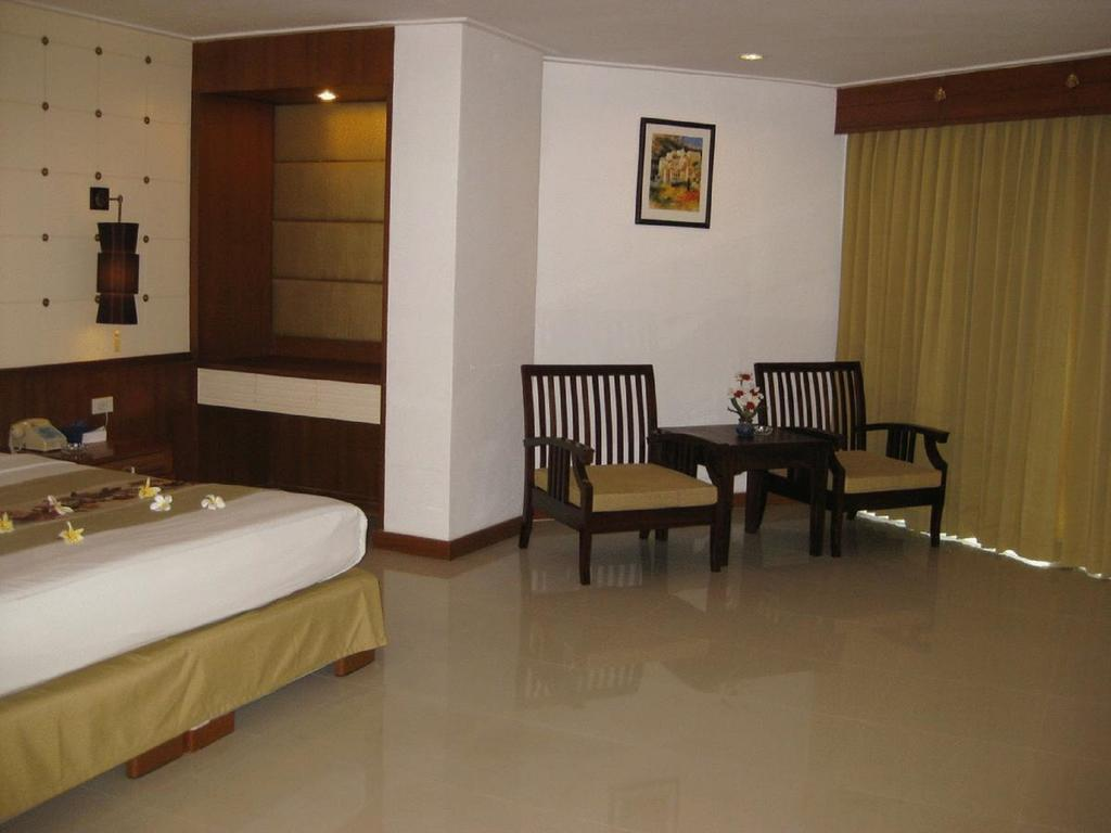 Фото Royal Twins Palace Hotel 3*