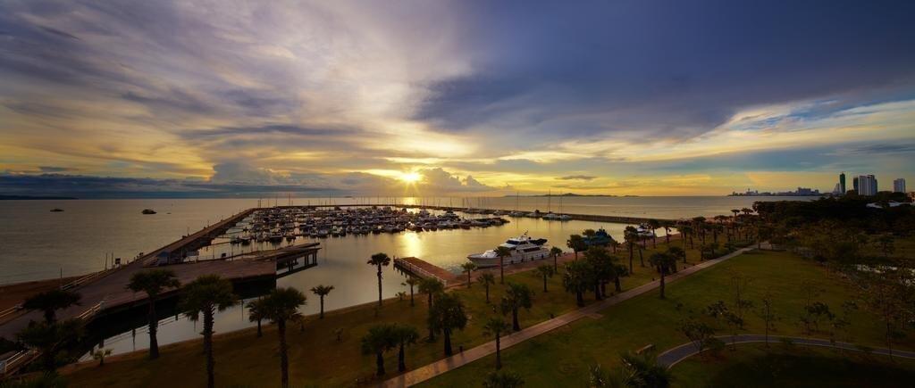 Фото Ocean Marina Yacht Club 4*