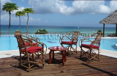 Отель Dolphin Beach Resort Занзибар