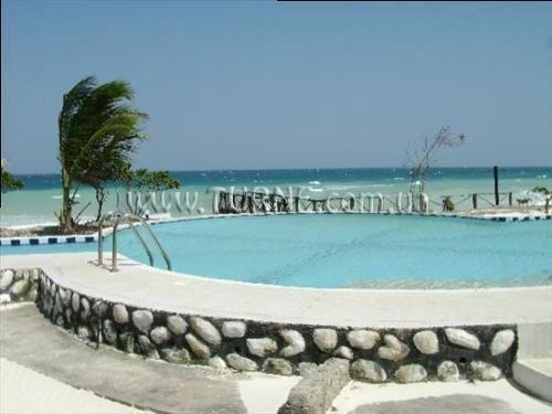 Dolphin Beach Resort Занзибар