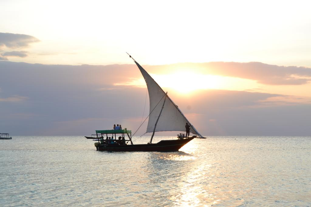 Фото Union Beach Танзания