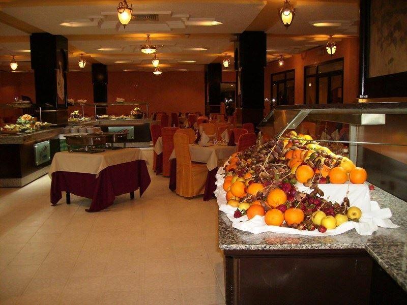 Отель Solarus Helya Beach & Spa Монастир