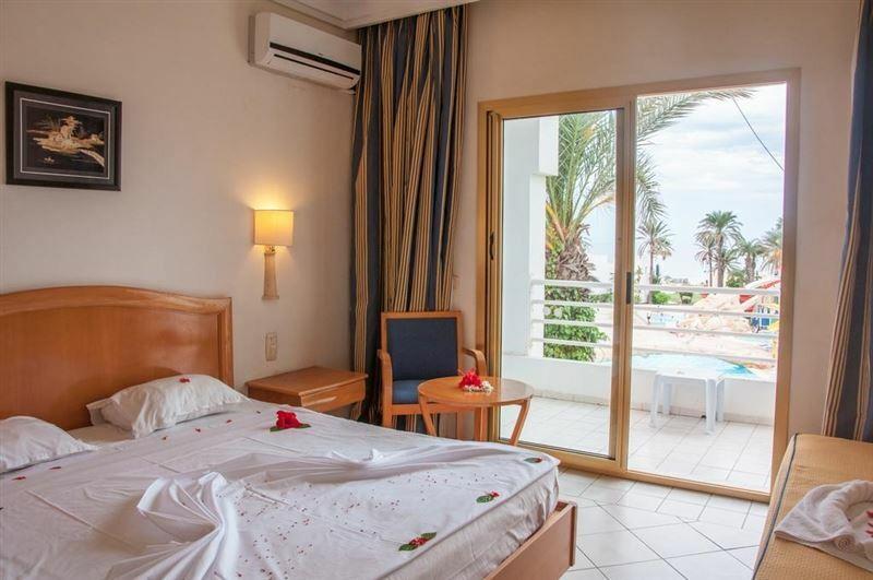 Фото Hotel Ruspina Skanes Тунис