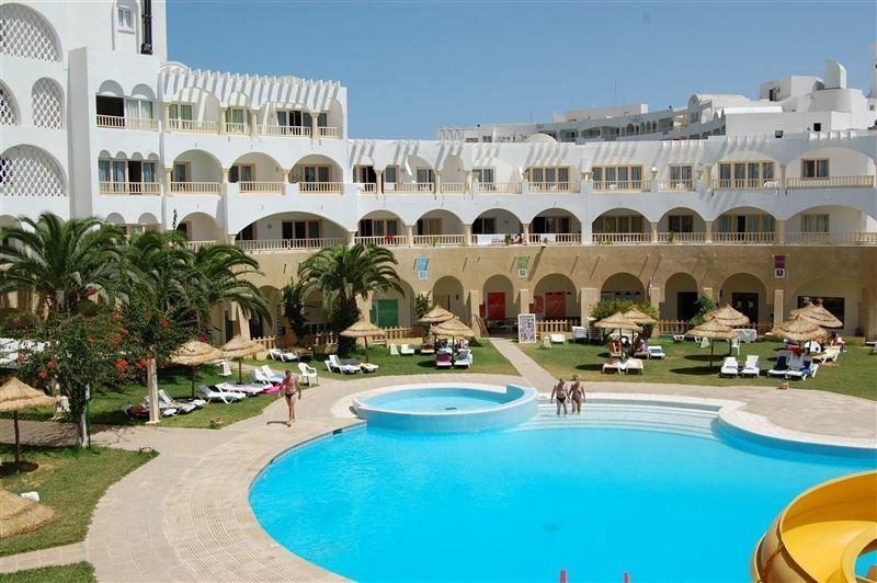 Delphin El Habib Монастир