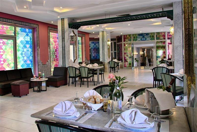 Hotel Kheops Набуль