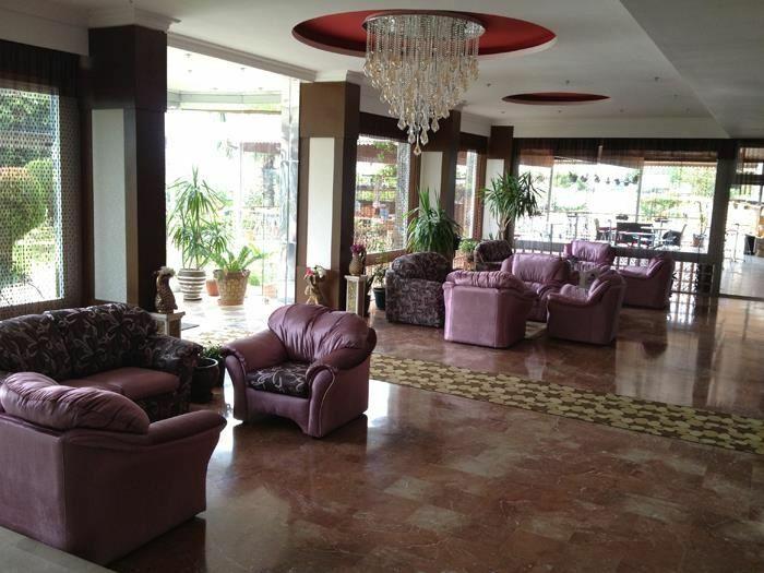 Фото Royal Ideal Beach Hotel