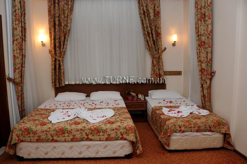Фото Triana Hotel 3*