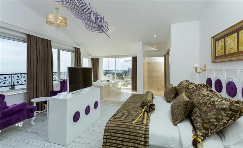 Фото The Wise Boutique Hotel & Spa 4*