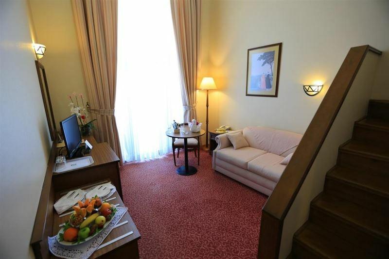 Фото Adora Hotel 3*