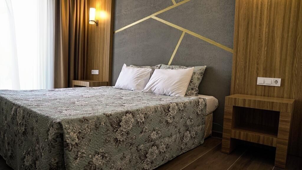 Фото Dionisus Hotel 4*