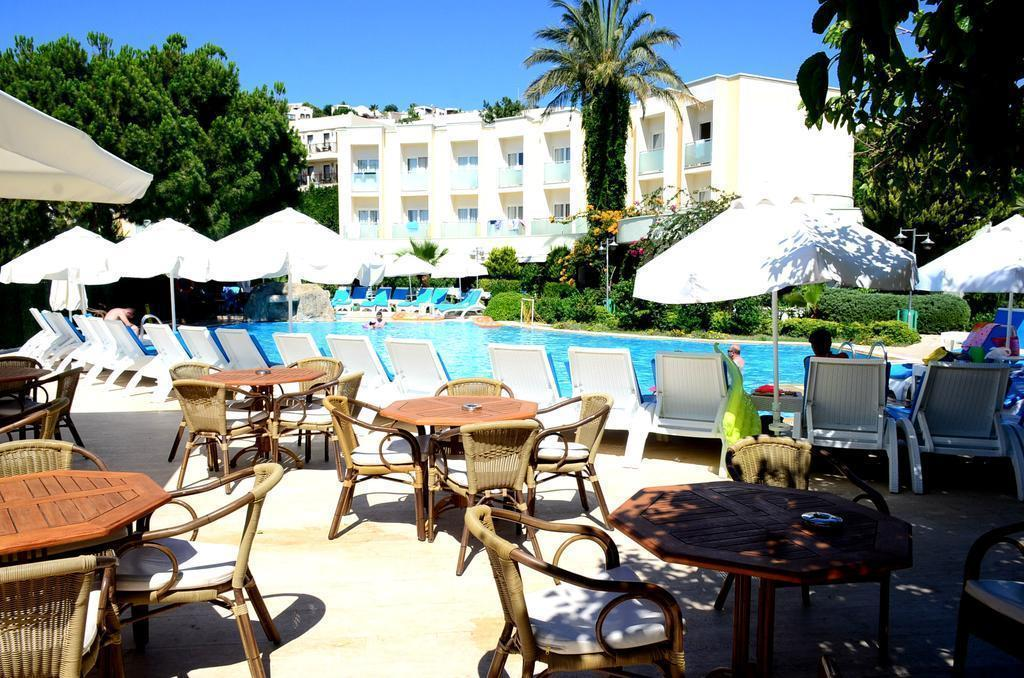Royal Palm Beach Бодрум