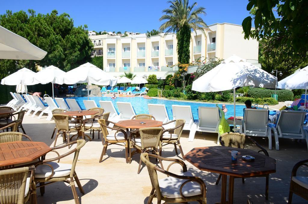 Отель Royal Palm Beach Бодрум