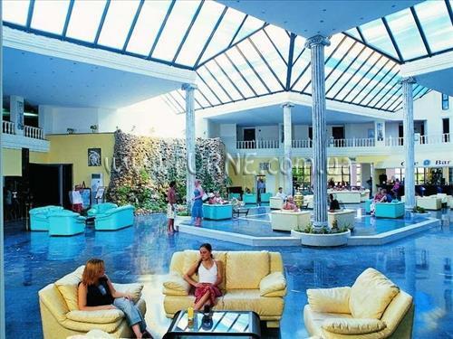 Фото Holiday Resort 4*