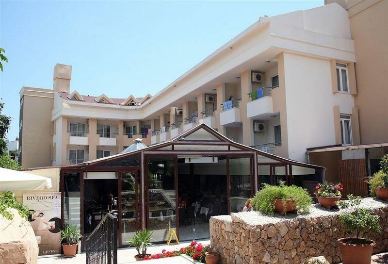 Rivero Park Hotel