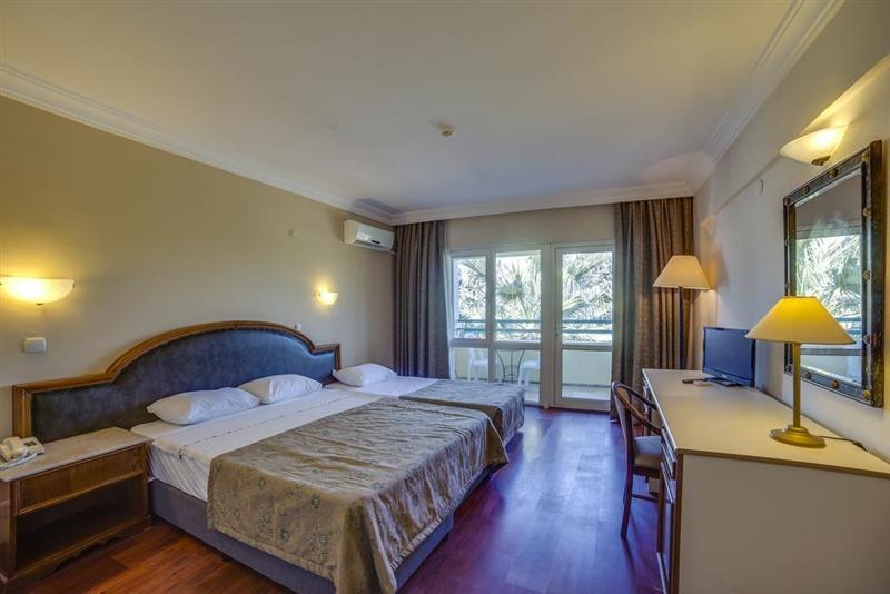 Отель La Santa Maria Hotel (ex. Luana Hotel Santa Maria) Кушадасы