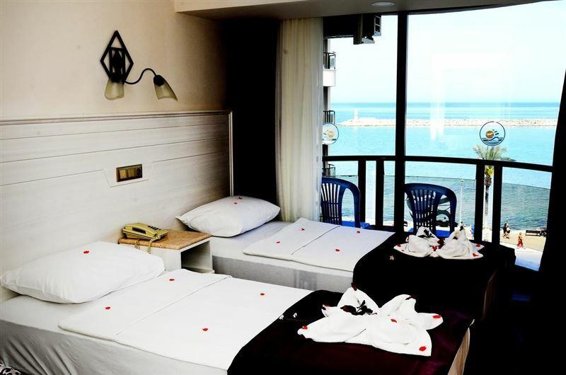Фото Karaaslan Hotel 4*