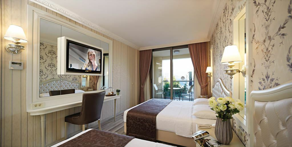 Emre Hotel Мармарис