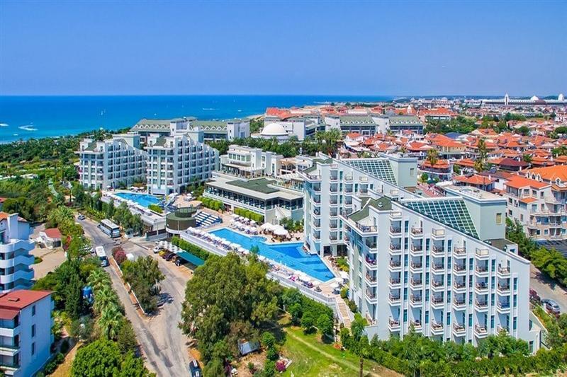 Royal Atlantis Hotel