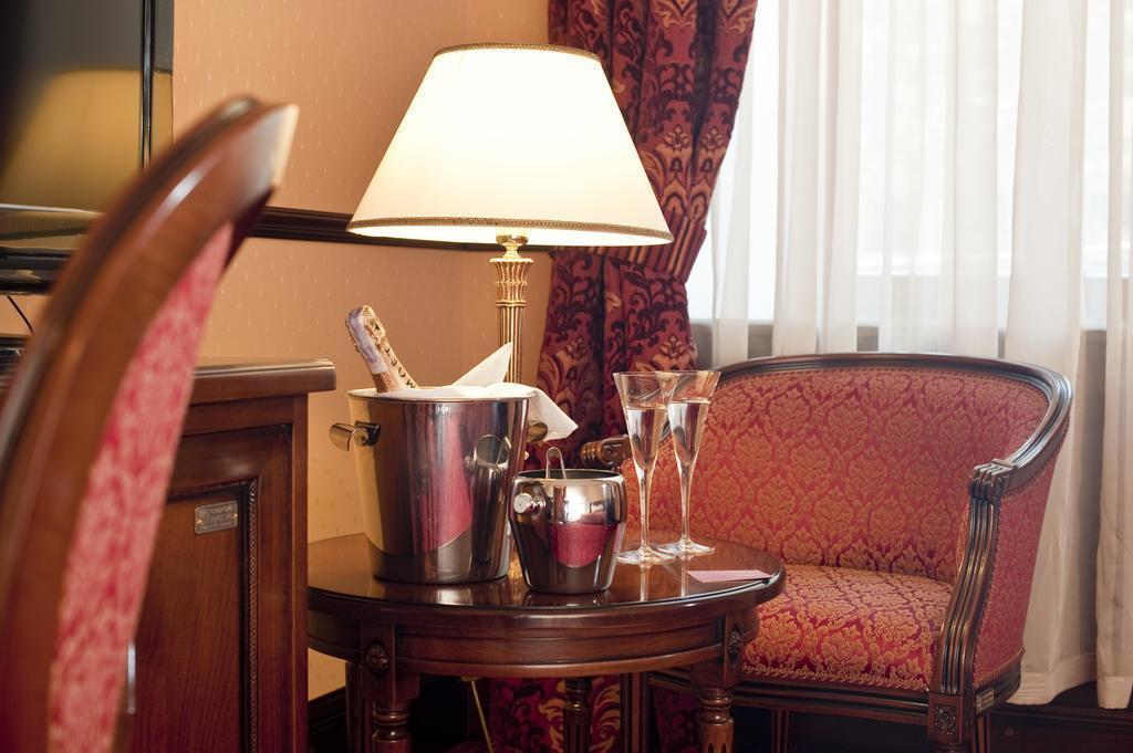 Фото Hotel Bristol Украина