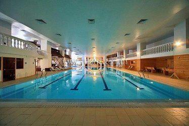 Отель Cesar Royal Hotel & Spa Resort Трускавец