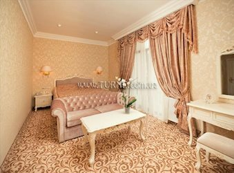 Cesar Royal Hotel & Spa Resort