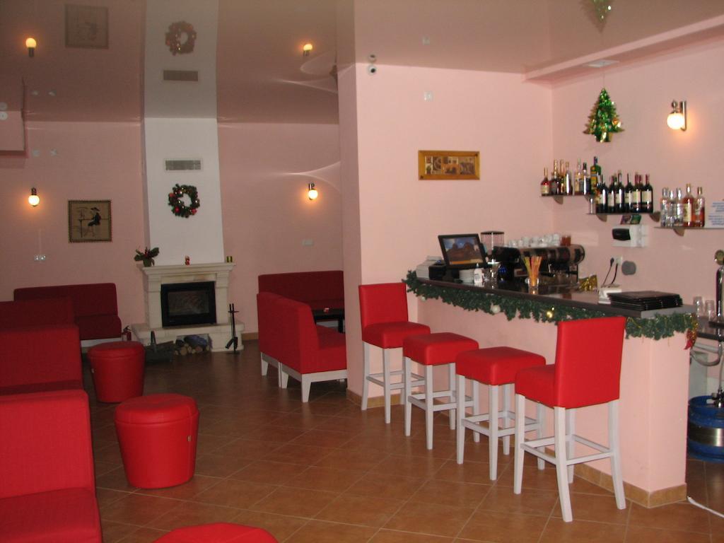 Skilandhouse Яблуница