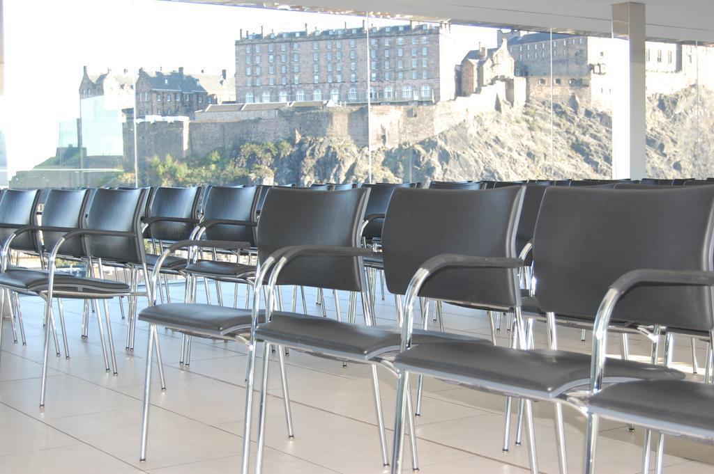 Отель Doubletree By Hilton Hotel Edinburgh City Centre Великобритания Эдинбург