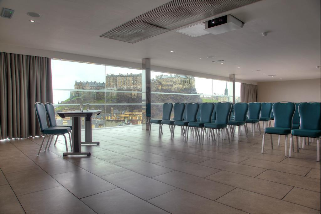 Отель Doubletree By Hilton Hotel Edinburgh City Centre Эдинбург